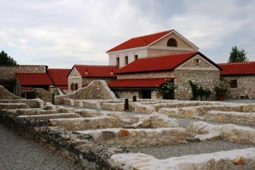 NAJLEPŠIE POZNÁVACIE ZÁJAZDY V AKTUÁLNEJ PONUKE (41) – PUTOVANIE PO RÍMSKEJ JANTÁROVEJ CESTE